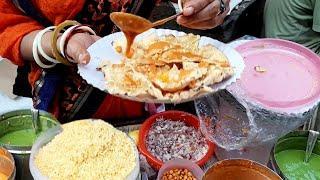 Amazing Mumbai Lady Selling Crunchy Masala Papad Chaat at just 20 Rs Only |  Street Food Mumbai