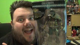 Call Of Duty Modern Warefare GHOST McFarlane Toys Action Figure Review