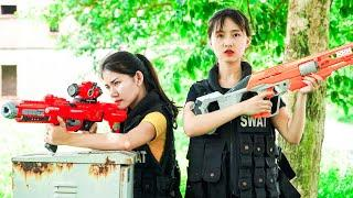 XGirl Nerf War: Twin Cherry Confrontation Girl President ! SEAL X Girl Nerf Guns Criminal Group