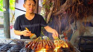 Indonesian Street Food  - CRAZY HALAL Street Food in Little Indonesia!! BEST MARTABAK + RENDANG!