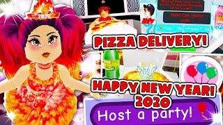 NEW YEARS UPDATE! PIZZA DELIVERY And PARTIES in Roblox Royale High School New Years Eve Update! 2020