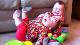 Top Funniest Family Baby Moments - Baby Awesome Video