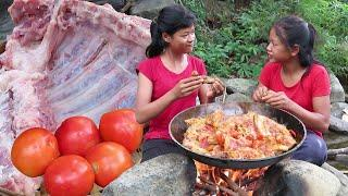 Yummy food: Cooking Pork ribs curry with Tomatoes for Lunch food ideas - My Natural Food ep 31