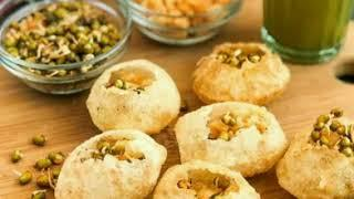 Top 10 delicious street food in Nepal