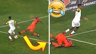 BEST FOOTBALL VINES 2020 - Fails, Goals, Skills #17