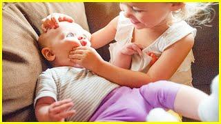 Funny Siblings Playing Top Trouble - Cute Baby Videos