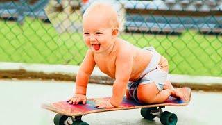 Baby Im Freien - Top lustige Babys spielen im Freien