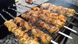 Best Street Food in Kiev, Ukraine. Pork Skewers, Pulled Beef, Burgers, Kebab, Seafood and more