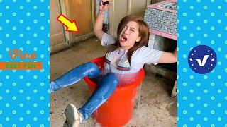 New Funny Videos 2020 ● People doing stupid things P117