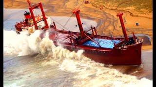 Top 10 Large Ships In Giant Storm! Crashing Ships In Waves