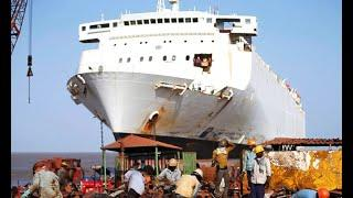 Ships Graveyard! Top 10 Large Crashes Ships Collision With Shore