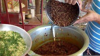 It's a Breakfast Time in Nagpur | Spiciest Tarri Poha @ 20 Rs | Best Indian Breakfast