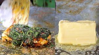 Mumbai's Famous Kothimbir PAV | 500 Grams BUTTER Loaded Black Spicy Pav | Mumbai Street Food