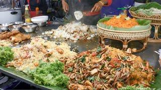 Thailand Street Food. Grilled Seafood, Fried Food, Pad Thai. Best Stalls in MBK Square, Bangkok