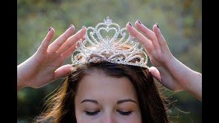 Top 10 most bueatiful Crown in histroy