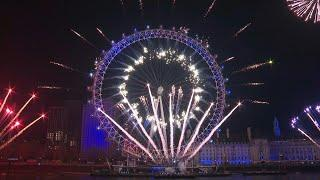 London welcomes 2020 with fireworks from the London Eye | AFP