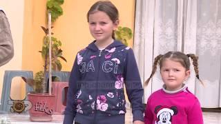 Fiks Fare/ Policia nuk u jep autorizim, fëmijët 5 dhe 9 vjeç mbeten tek gjyshja larg prindërve