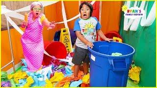 Ryan in Giant Box Fort Maze Pretend Play Cleaning Up with Grandma Obby!!!